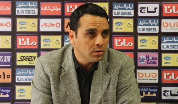 فتاحی: باشگاه های بدهکار از پنجره نقل و انتقالاتی نیم فصل محروم می شوند