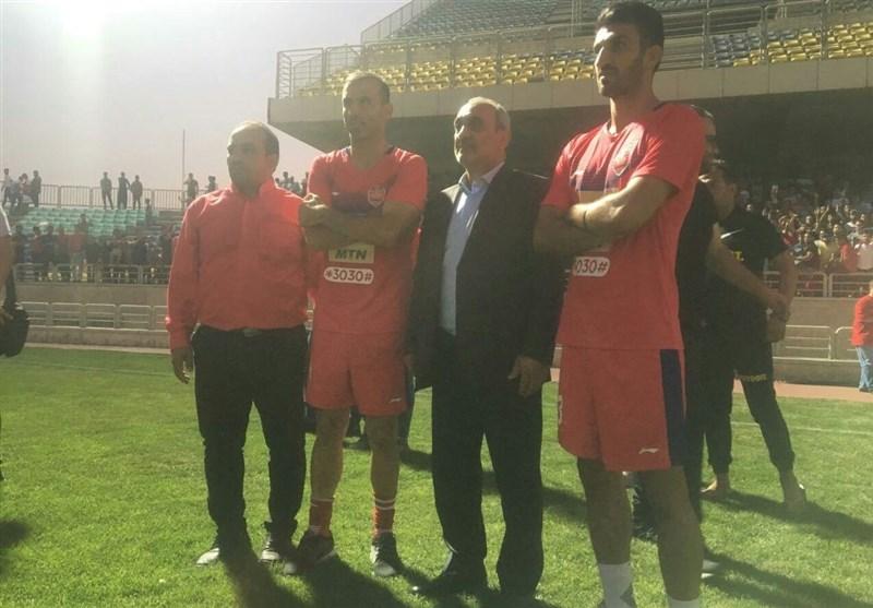 آشتی کاپیتانهای پرسپولیس با رئیس کانون هواداران + عکس
