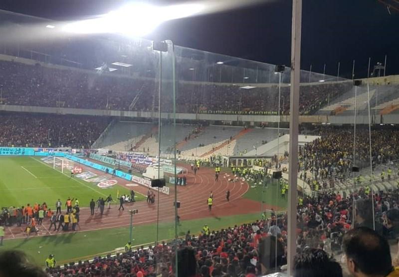 بدترین جوِ ممکن در ورزشگاه آزادی/ کسی جلودار سپاهانی ها نیست! + تصاویر