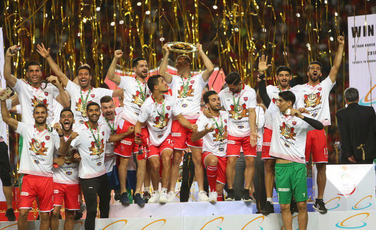 گزارش تصویری: مسابقه فینال جام حذفی پرسپولیس ۱-۰ داماش و جشن قهرمانی پرسپولیس