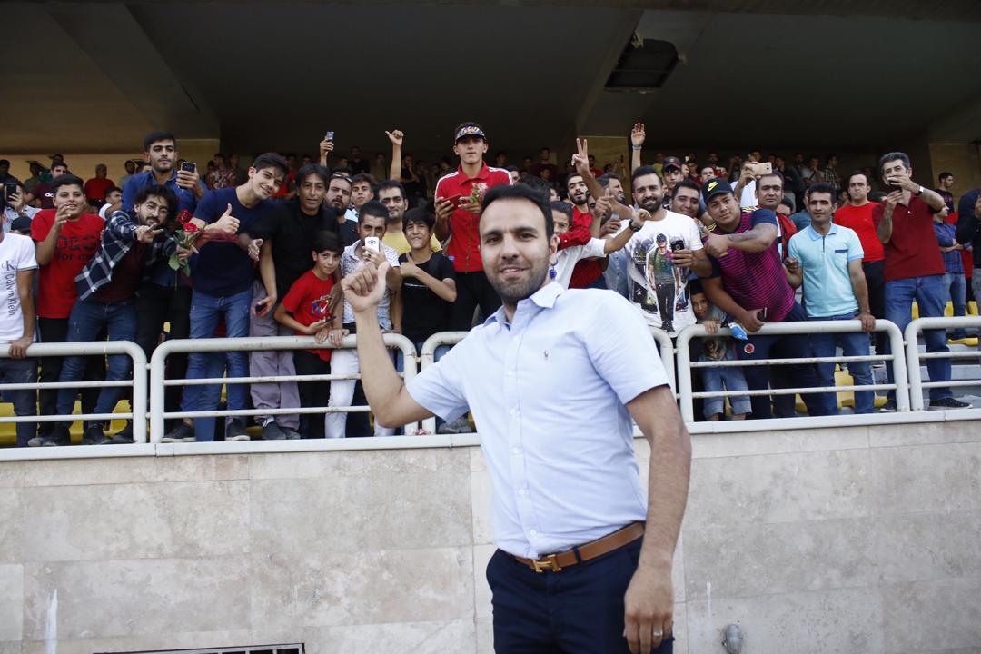 خلیلی: خیلی ها منتظر شکست تیم ملی بودند / گلمحمدی و همکارانش قویترین کادر فنی را تشکیل میدهند