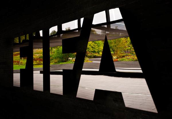 دستورالعمل فیفا به کشورهای عضو؛ لیگهای داخلی و جامهای دیگر ناتمام نمانند