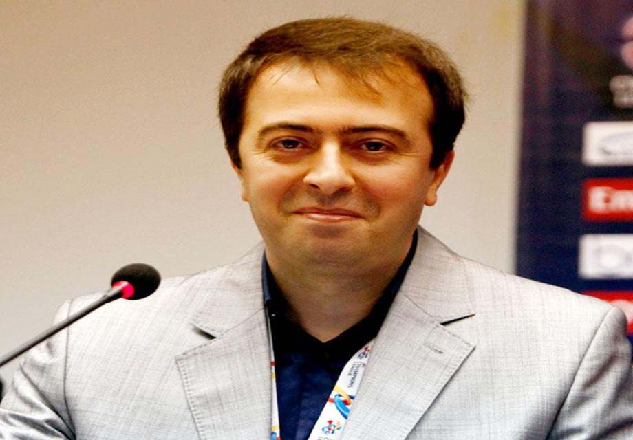 حسینی: پلی آف لیگ قهرمانان ۱۸ فروردین آغاز می شود؛ فینال ۳۰ آبان