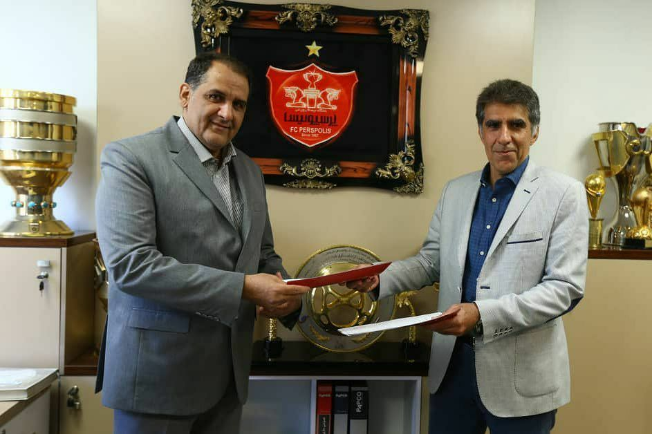 الحاقیه قرارداد امضا شد/ ادامه همکاری باشگاه پرسپولیس با کارگزار برند