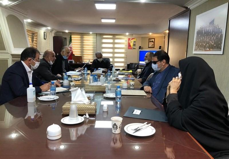 تصویب قانون منع جذب مربی و بازیکنان خارجی در هیئت رئیسه فدراسیون فوتبال