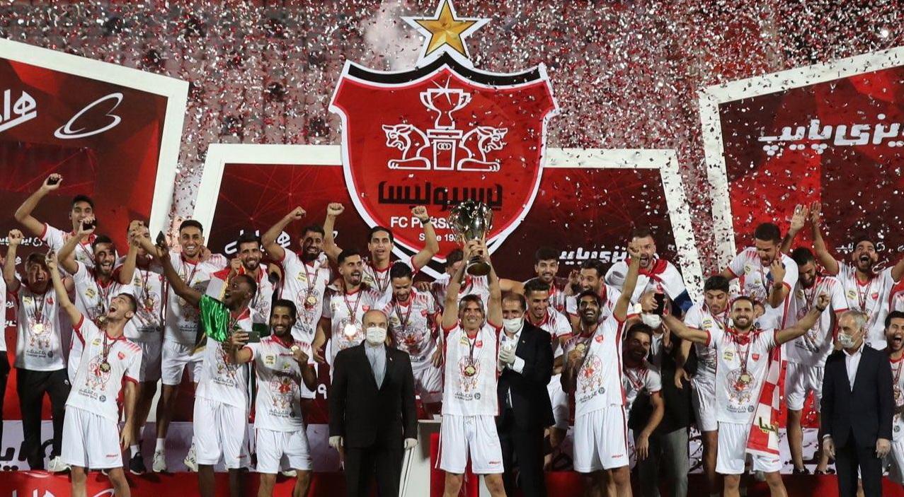 گزارش تصویری: اهدای جام قهرمانی لیگ نوزدهم به پرسپولیس