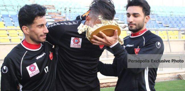 عکس/ پرسپولیسیها حامد لک را کیک مالی کردند