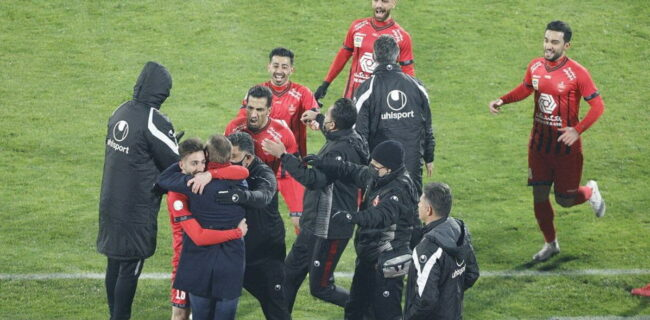 عکس| حمایت تمامقد بازیکنان پرسپولیس از یحیی گلمحمدی