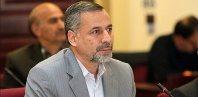 در انتخاباتی با شرایط عجیب؛ شیرازی رئیس هیات فوتبال تهران باقی ماند /سیامک نعمتی غایب بود، نکیسا سوم شد