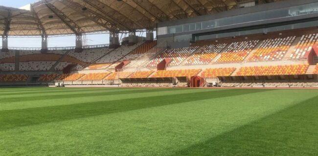 اعتراض پرسپولیسیها به وضعیت چمن ورزشگاه شهدای فولاد