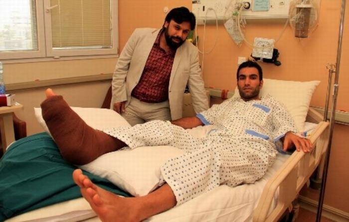 عکس: پولادی پس از بستری شدن در بیمارستان