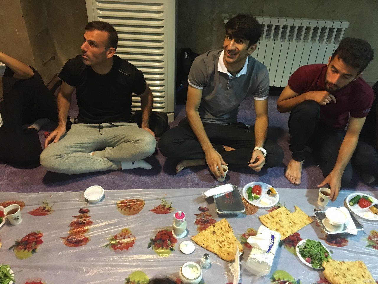 افطاری برانکو به کودکان بی سرپرست و پرسپولیسی ها + تصاویر