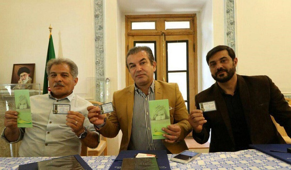 سه پرسپولیسی کارت اهدای عضو پر کردند