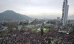 جشن و شادی مردم آرژانتین به خاطر حذف برزیل