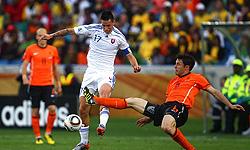 تساوی هلند و اروگوئه در نیمه نخست