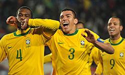 شکست هلند از برزیل در نیمه نخست