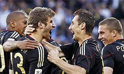 تیم ملی آلمان مردان مارادونا را تحقیر کرد
