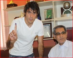 عکس روز : نورمحمدی  در هیات فوتبال