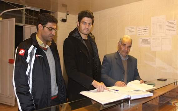 عکس خبری: ثبت قرارداد گردان با سپاهان