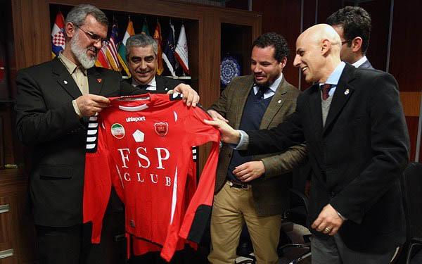 هدیه ویژه رویانیان به مدیران رئال مادرید + عکس